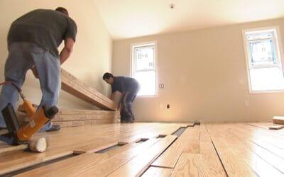 Hoe wordt een houten vloer gelegd